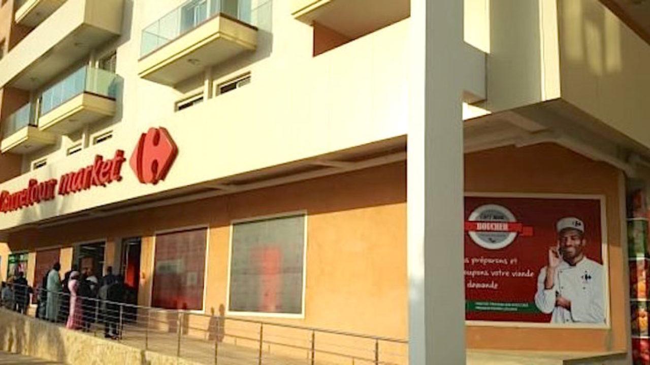 Le Premier Carrefour Market A Ouvert Ses Portes À Dakar Dans ... pour Couche Piscine Carrefour