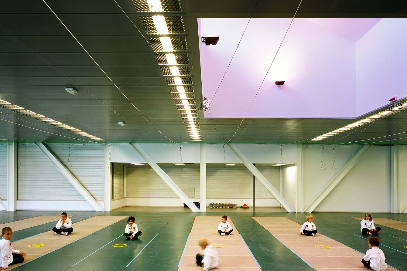Leo Lagrange Grande Synthe / Jard Brychcy Architecture -  ... concernant Piscine Léo Lagrange Grande Synthe