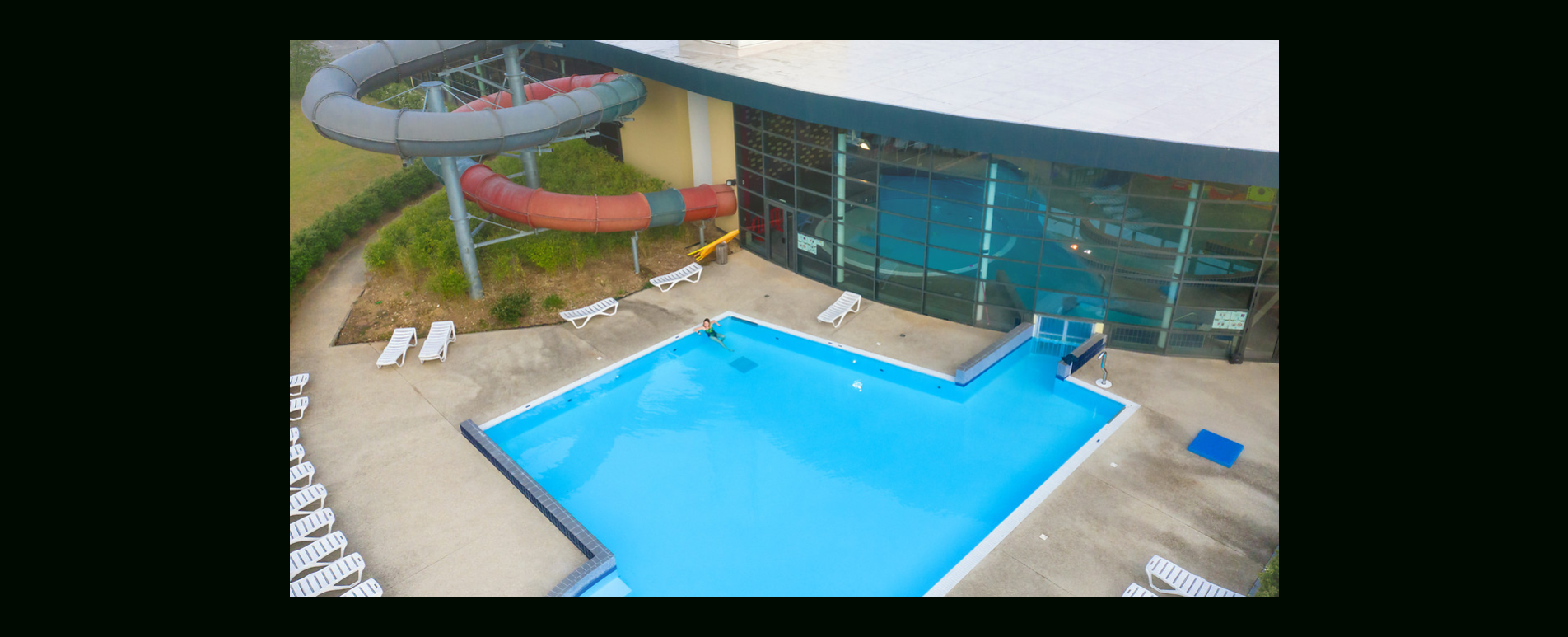 Les Bains De Seine Mauldre : Centre De Loisirs Aquatiques À ... intérieur Piscine Aubergenville