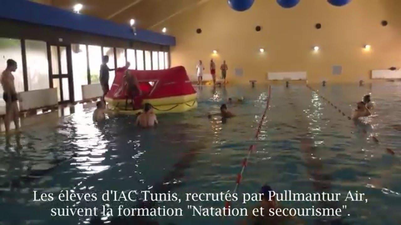 """Les Élèves D'iac Suivent La Formation """"natation Et Secourisme"""" intérieur Piscine Chatellerault"""