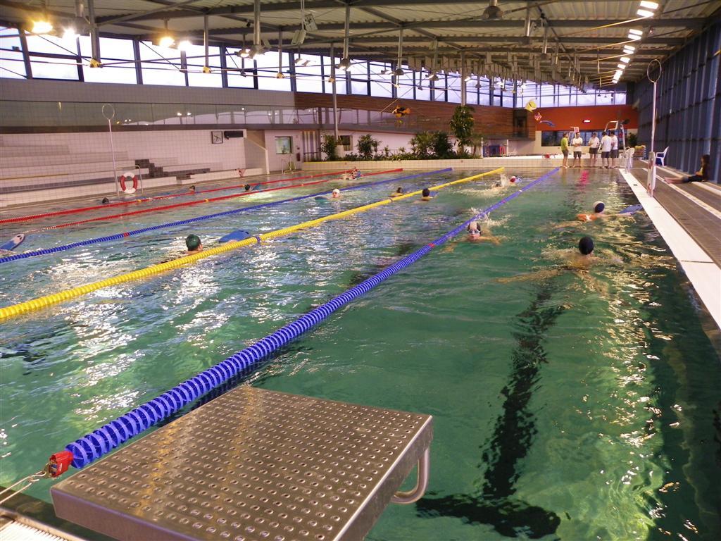 L'ilebulle (Centre Aquatique Du Pays Flechois), La Fleche ... serapportantà Piscine De La Fleche