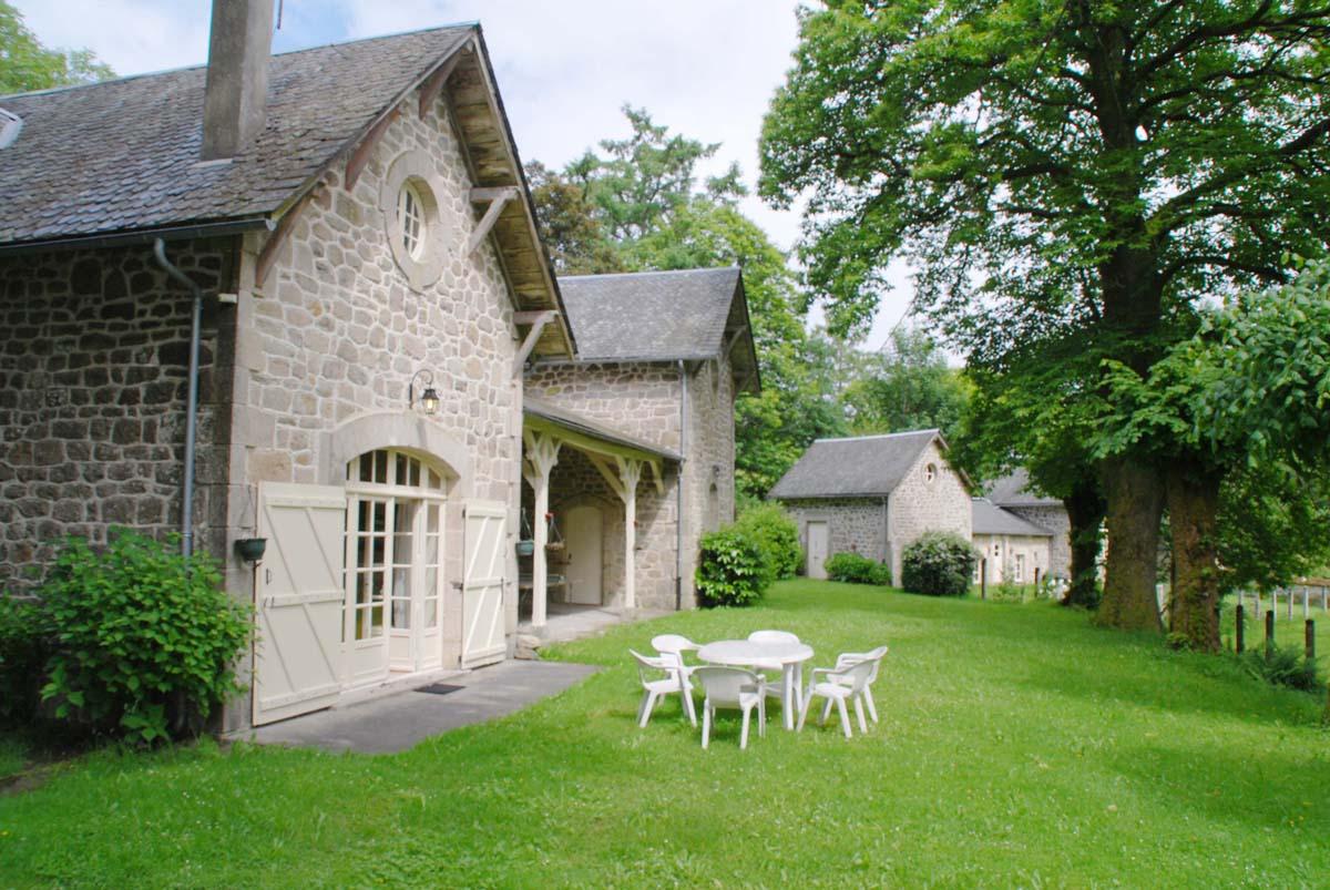 Location De Vacances À Chaumeil Avec Piscine, Dordogne-Limousin concernant Piscine Egletons