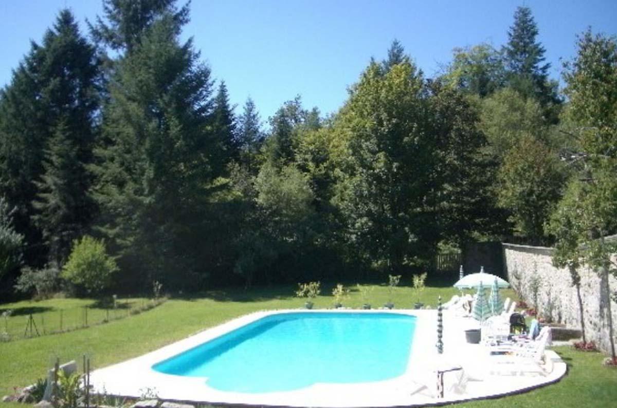 Location De Vacances À Chaumeil Avec Piscine, Dordogne-Limousin encequiconcerne Piscine Egletons