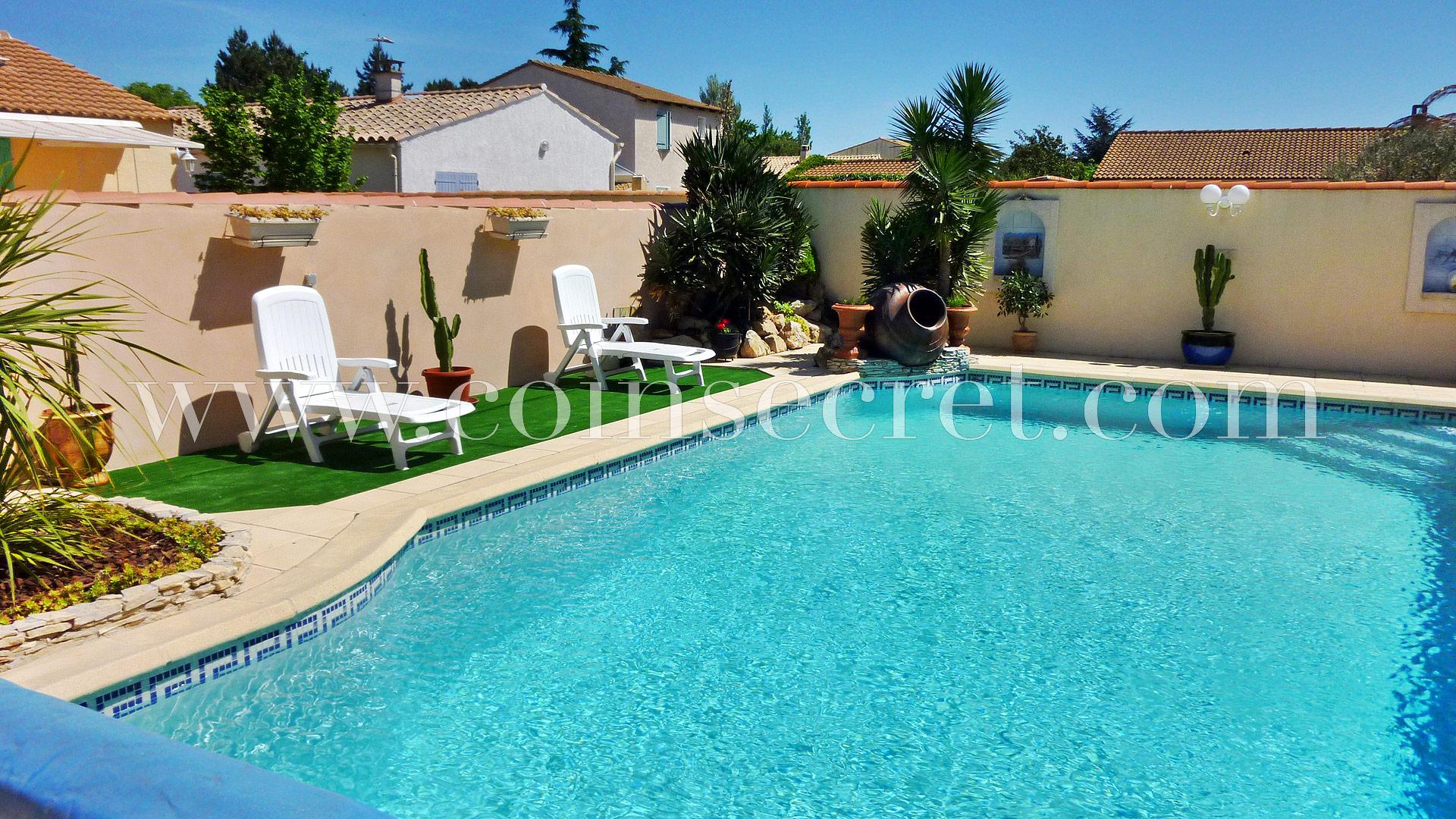 Location D'une Villa De Vacances Avec Piscine Privée En Provence serapportantà Piscine Saint Martin De Crau