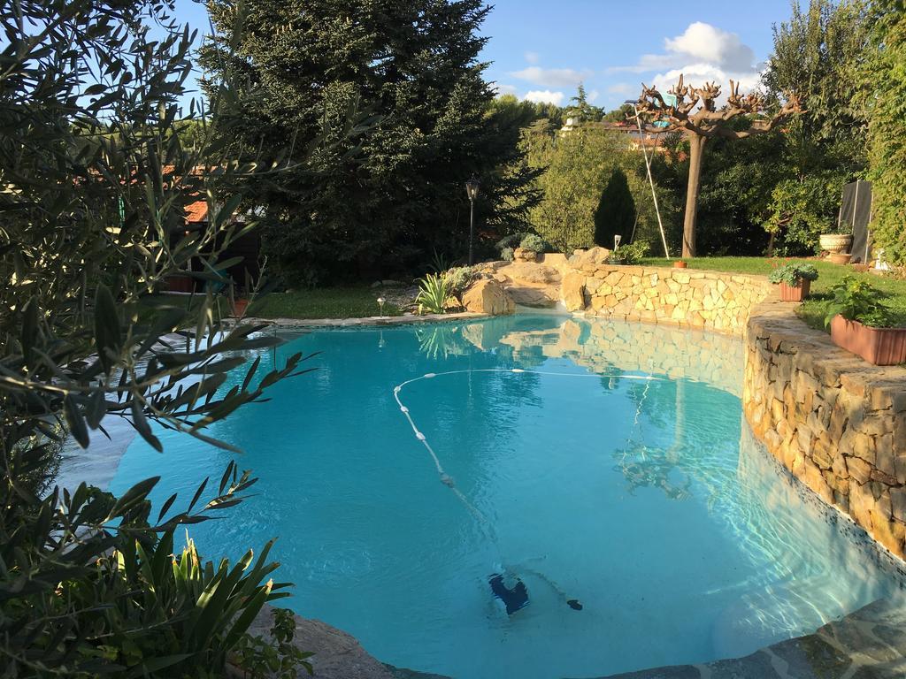 Location Exclusive Villa 140 M² Sur 1000 M² De Terrain Avec ... dedans Hotel Piscine Marseille
