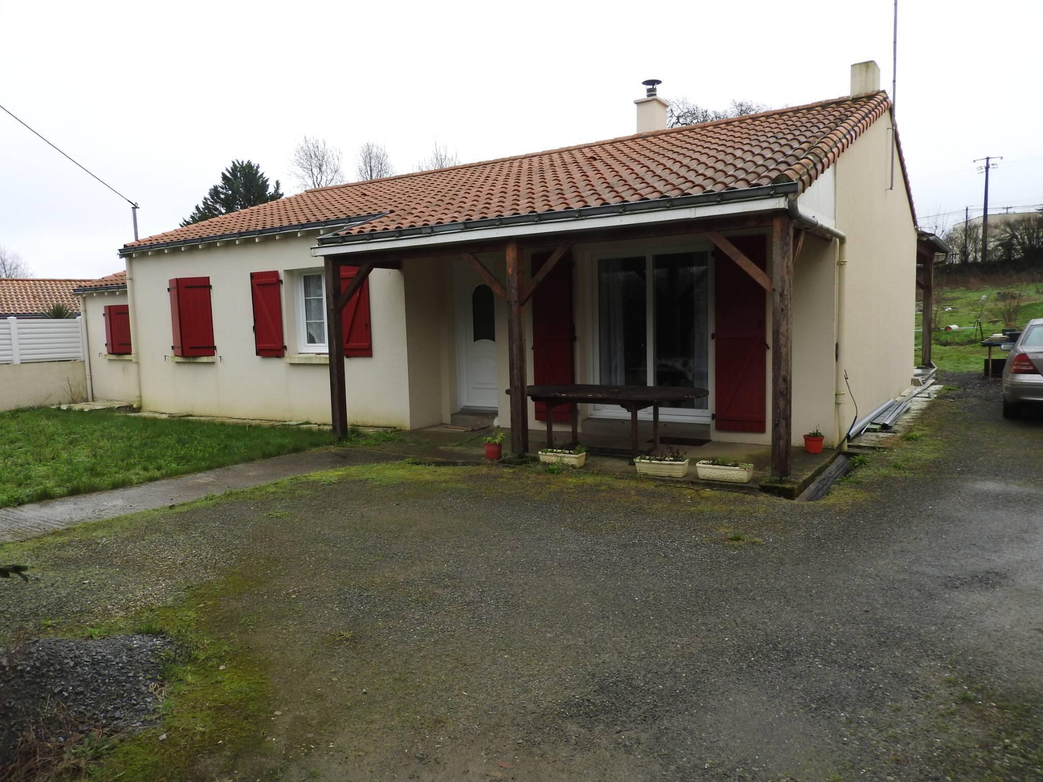 Location Meublée 4 Pièces Saint-Philbert-De-Grand-Lieu ... serapportantà Piscine Saint Philbert De Grand Lieu