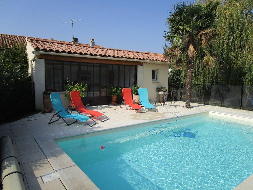 Location Saisonnière D'une Maison Avec Jardin, Piscine ... encequiconcerne Location Maison Avec Piscine France