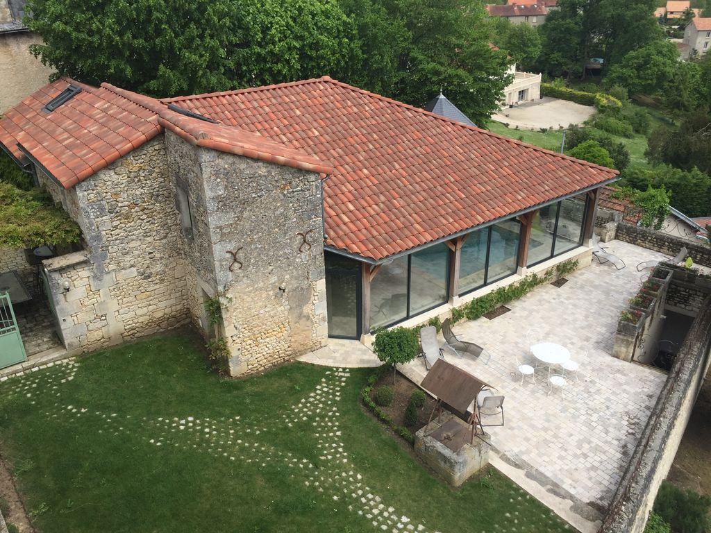 Location Vacances Gîte Chauvigny: Piscine   Cottage/country ... dedans Piscine Chauvigny