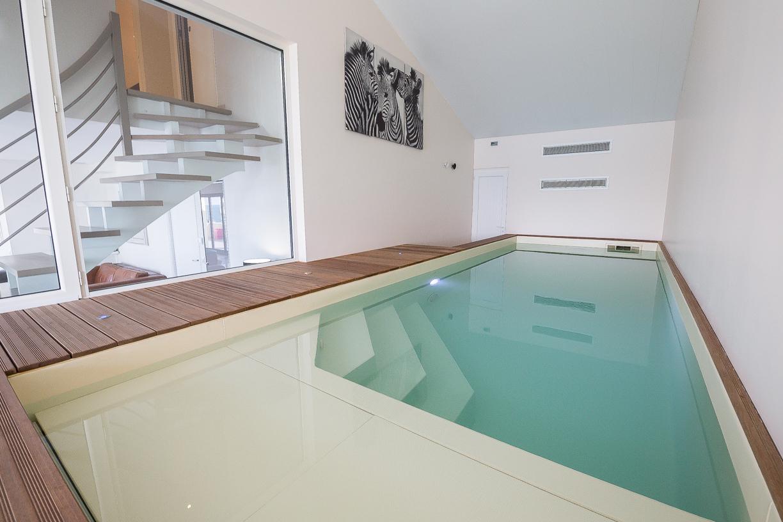 Location Villa De Vacances Avec Piscine Intérieure Et Spa dedans Location Maison Piscine Intérieure