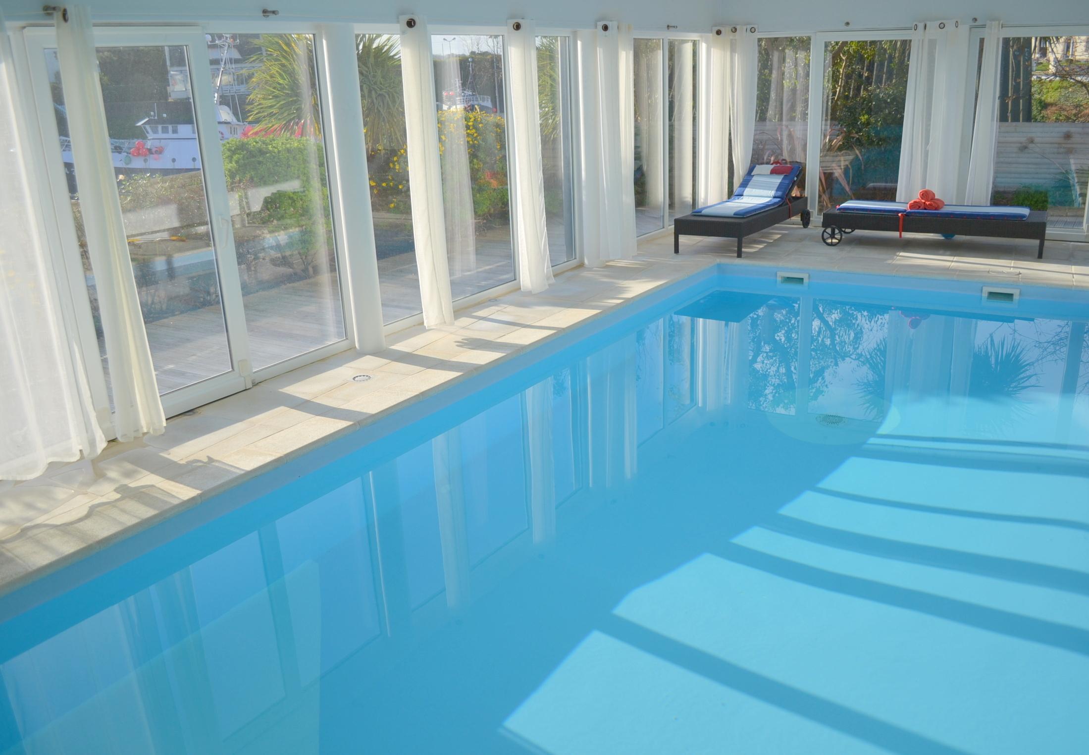 Location Villa En Bretagne À 100M De La Plage Avec Piscine Intérieure  Chauffée Au Nord De Morlaix avec Piscine Saint Pol Sur Mer