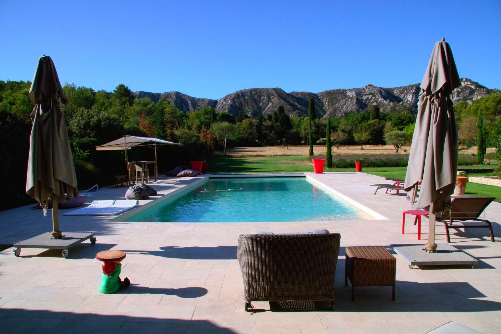 Location Villa Luxe Saint Remy De Provence Avec Piscine Privee Chauffee Et  Piscine Interieure à Location Avec Piscine Intérieure Chauffée Privée