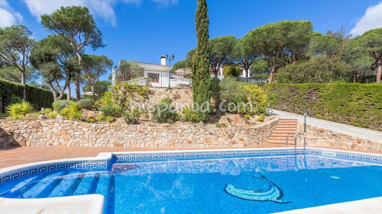 Location Villa Piscine Privée En Espagne : Location À Blanes ... encequiconcerne Location Villa Espagne Avec Piscine Privée