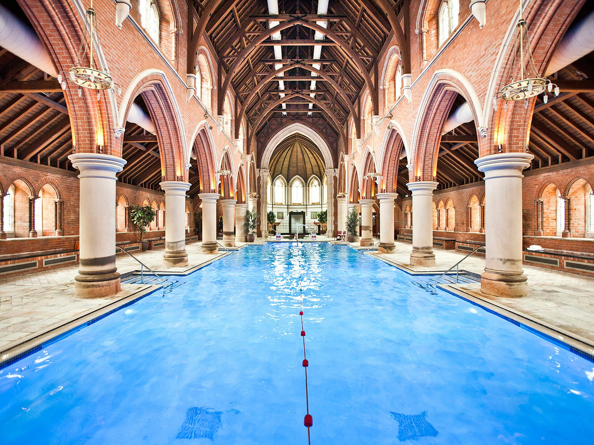 London's Best Swimming Pools | Cool Swimming Pools, Spa ... serapportantà Arion Piscine