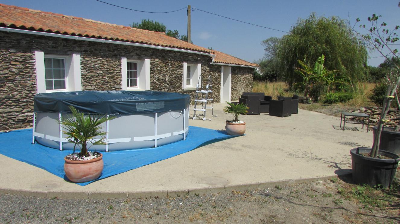 Longère À Machecoul Entre Nantes Et Challans - Akirimo intérieur Piscine Challans