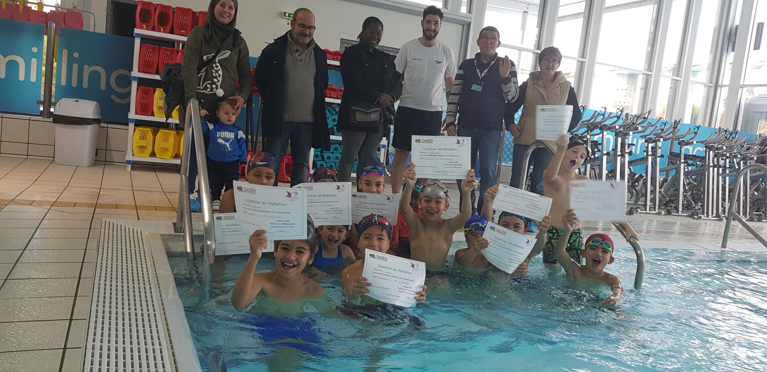 Louviers : Les Enfants Apprennent À Nager À Caséo Et Sont ... tout Piscine De Louviers
