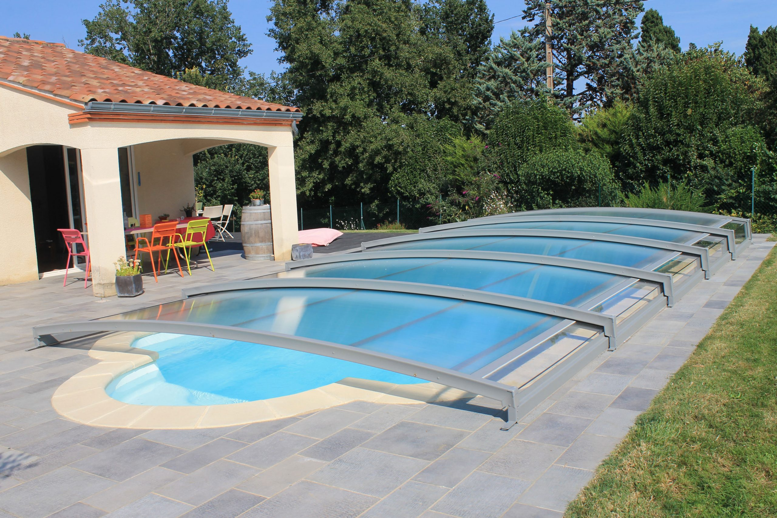 Low Pool Enclosure, Neo Range   Azenco Manufacturer à Piscine Epdm