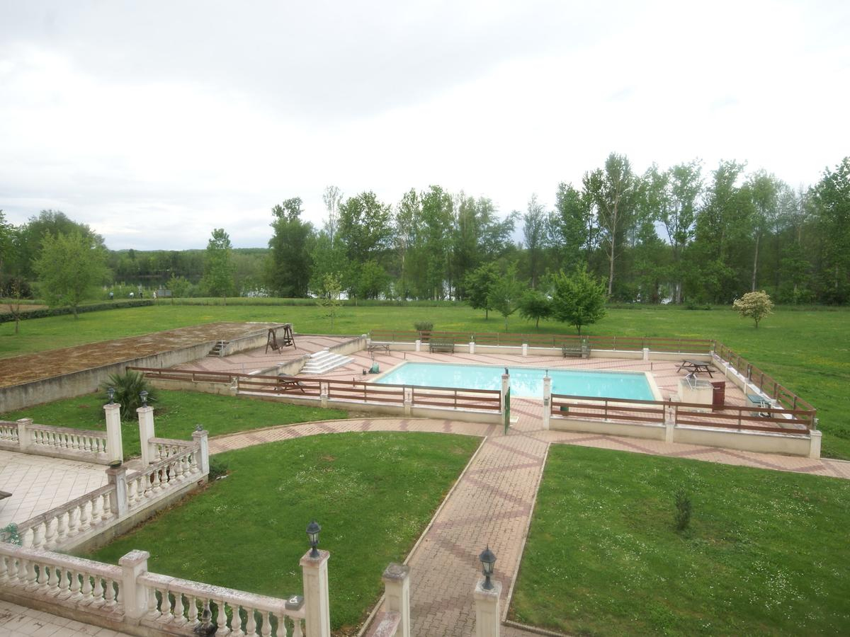 Luxurious Apartment Near Golfech With Swimming Pool ... encequiconcerne Piscine Golfech