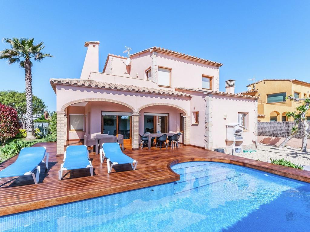 Luxurious Villa St Pere Pescador Avec Piscine, Villa Sant ... concernant Villa En Espagne Avec Piscine