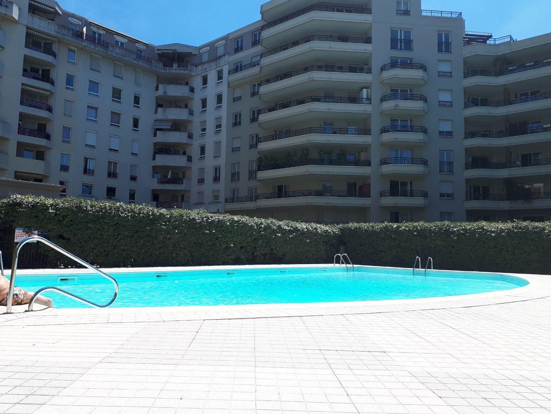 Lyon 3 -T4 92M² Balcon, Cave, Box Et Piscine dedans Piscine Lyon 3