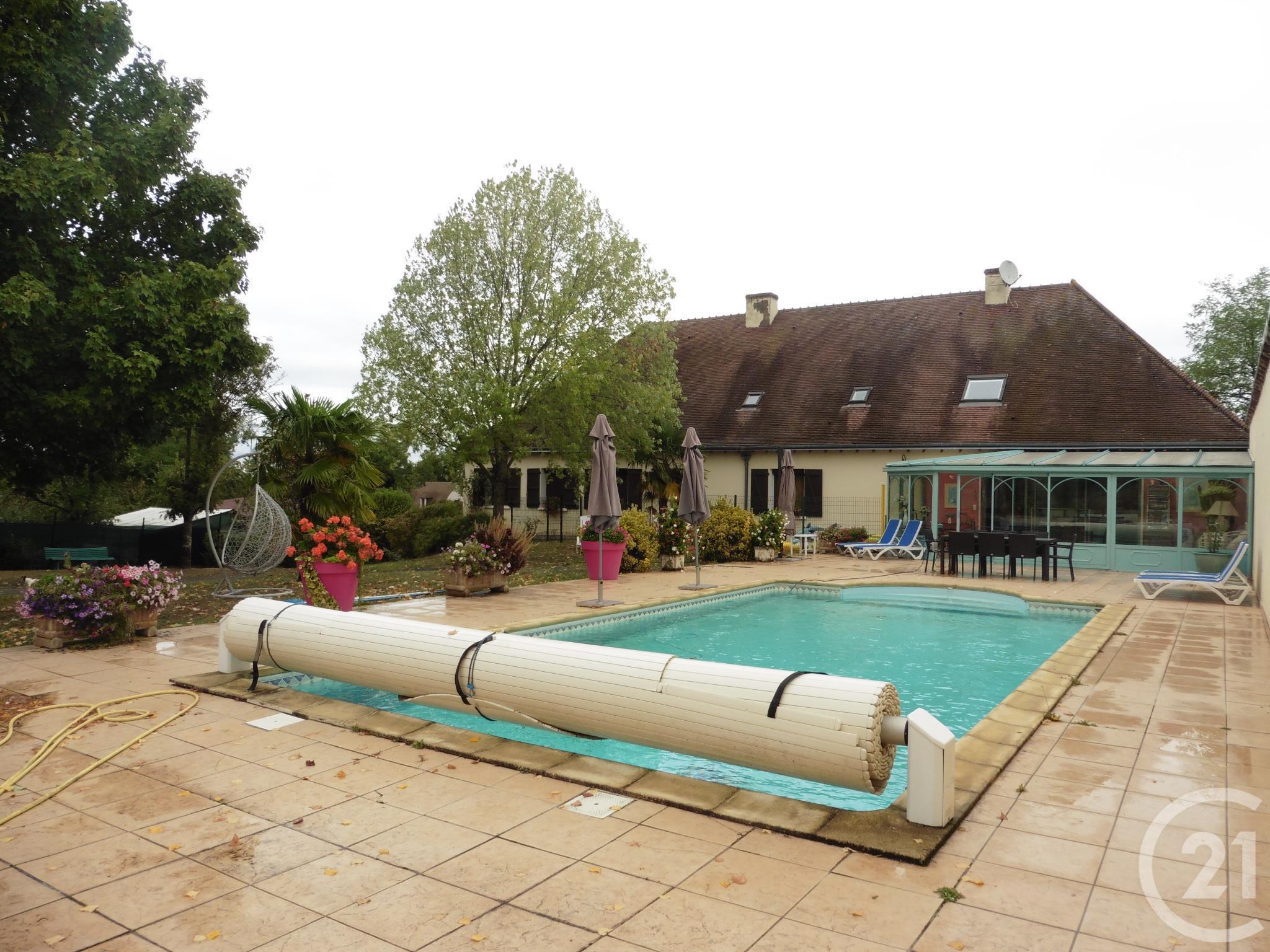 Maison 14 Pièces À Vendre – La Chatre (36400) – Ref. 5077 ... concernant Piscine La Chatre