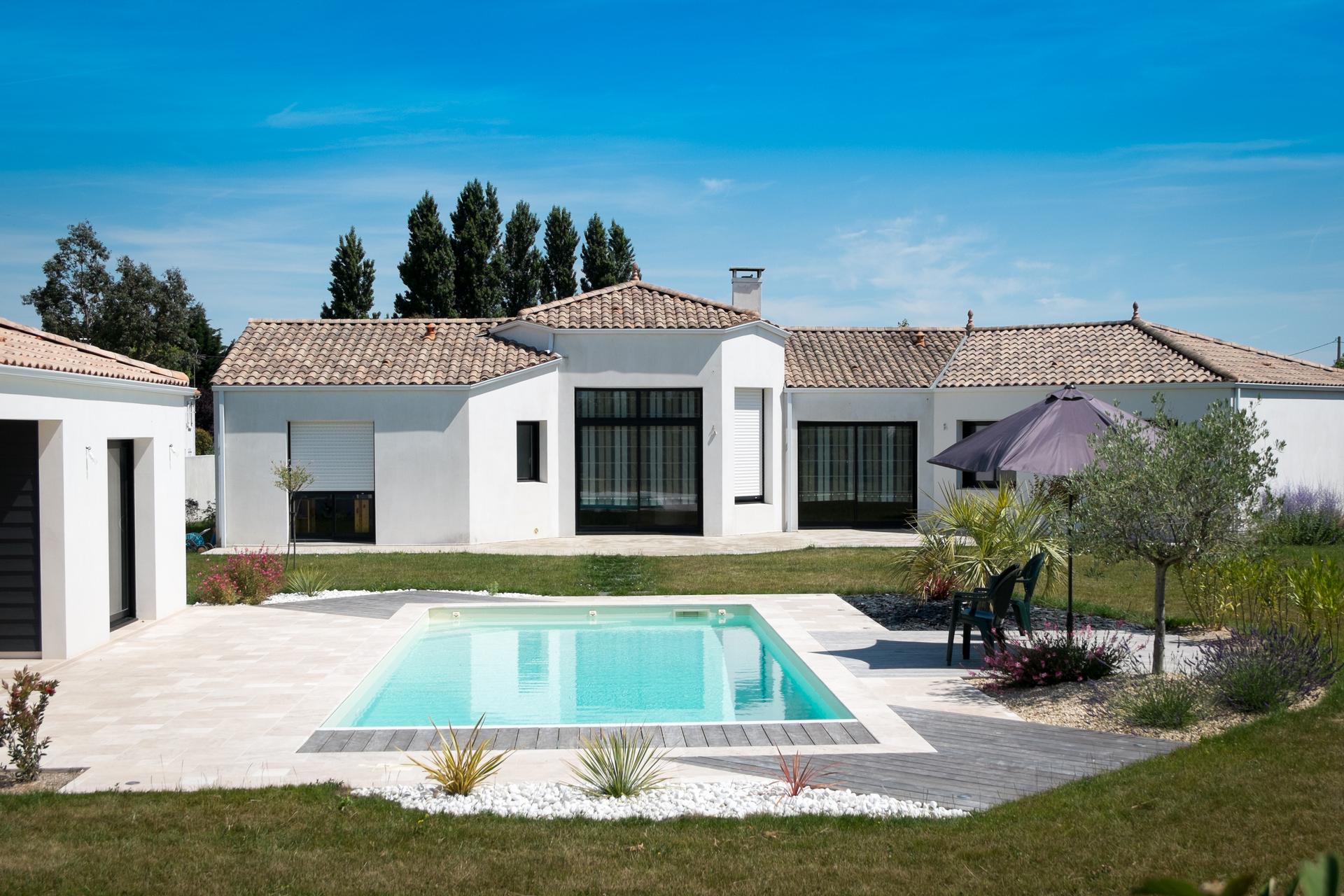 Maison Avec Piscine - Challans - Bâtisseurs Challandais : Constructeur De  Maison En Vendée avec Piscine Challans