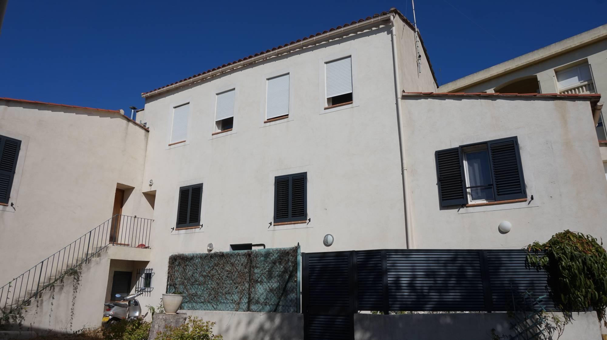 Maison Avec Piscine Et Jardin À Louer Marseille 13 ... pour Piscine Bonneveine