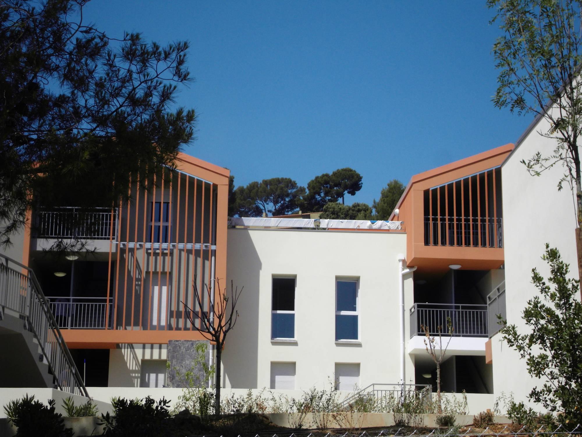 Maison Avec Piscine Et Jardin À Louer Saint Cyr Sur Mer ... intérieur Piscine Bonneveine