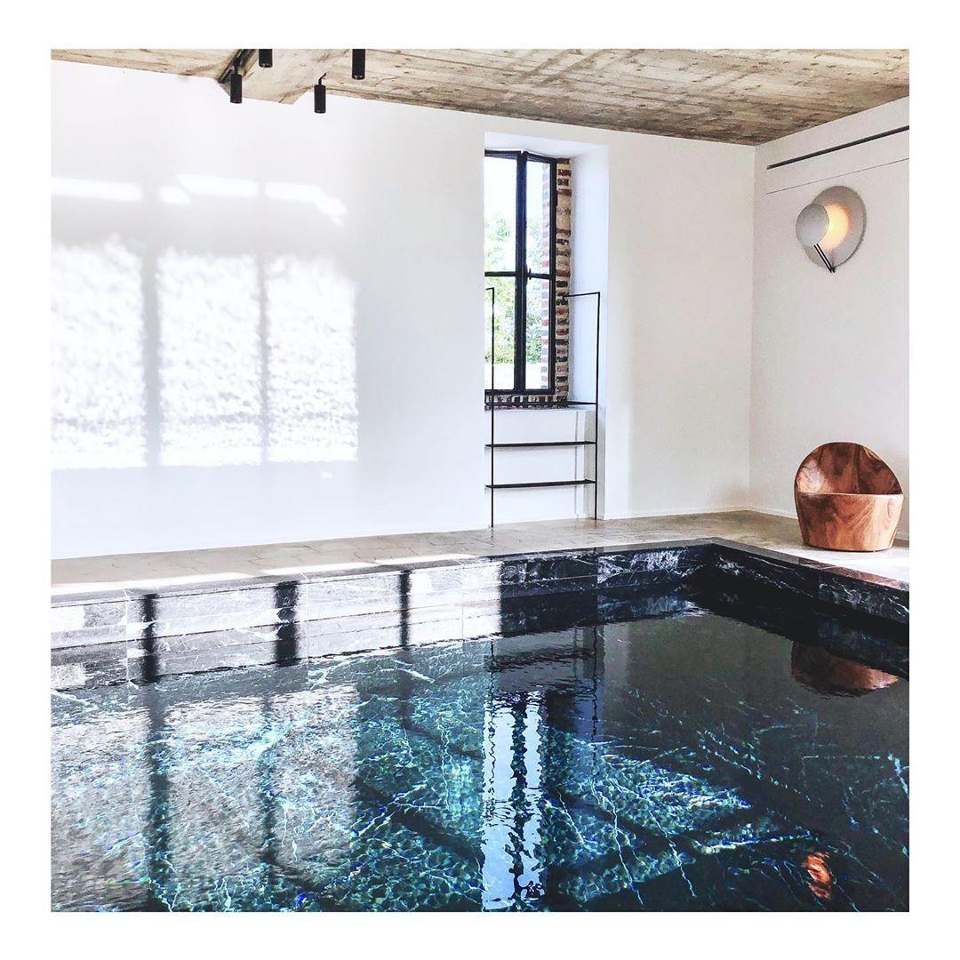 "Maison Ceronne On Instagram: ""••• Swimming-Pool ••• Indoor ... concernant Location Maison Piscine Intérieure"