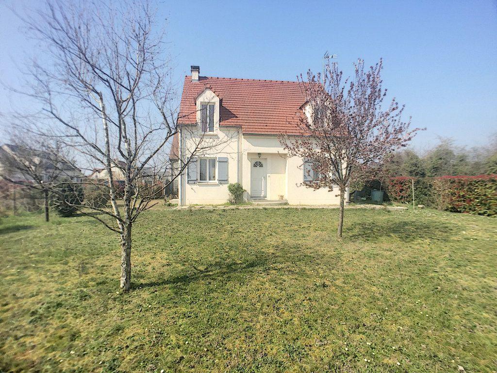 Maison Chécy 106 M² T-6 À Vendre, 223 000 € | Orpi avec Piscine De Checy