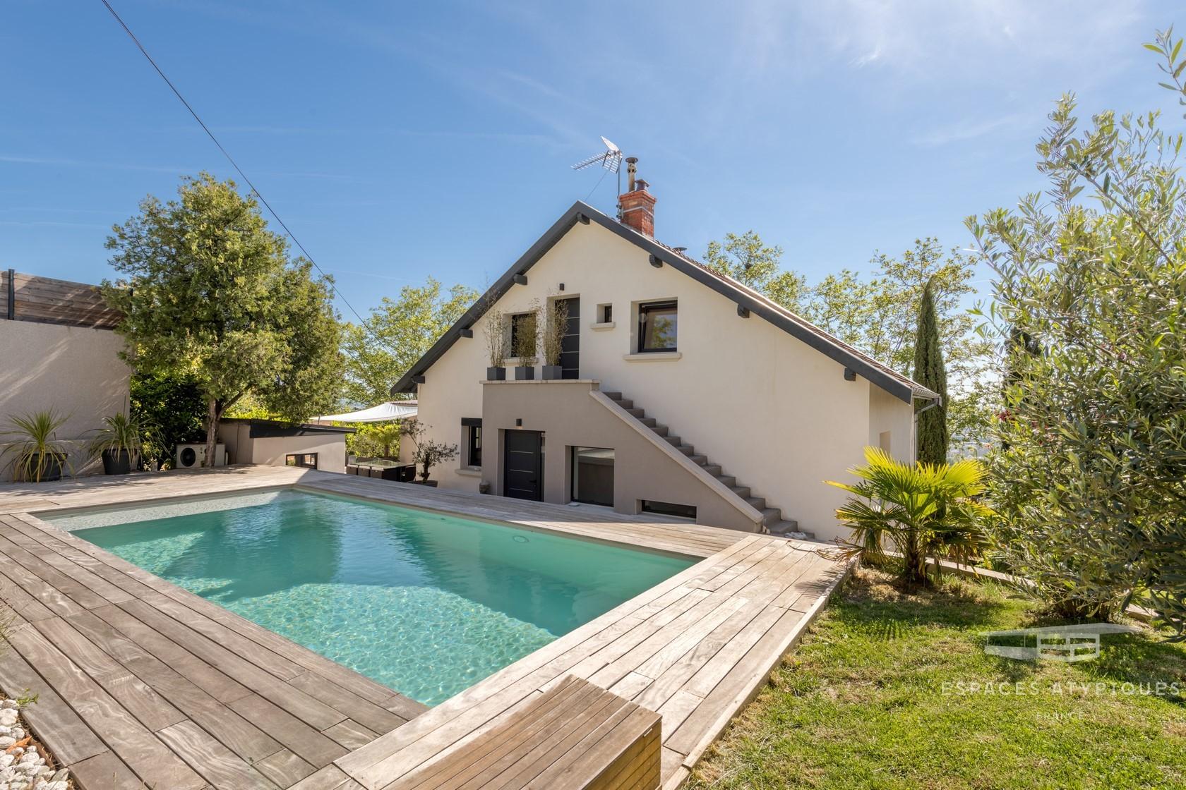 Maison Contemporaine De 320M² Avec Piscine À Sainte-Foy-Lès-Lyon pour Piscine Ste Foy Les Lyon