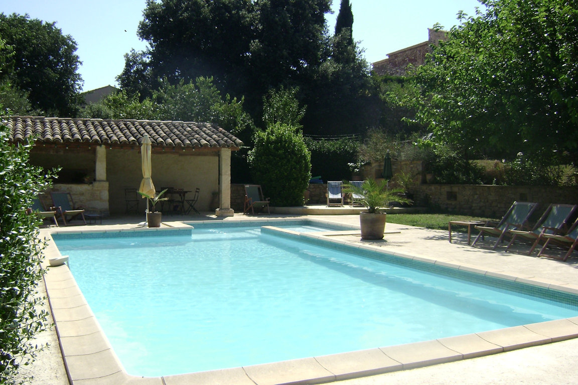 Maison Conviviale Et Authentique Avec Piscine - House In ... tout Cash Piscine Avignon