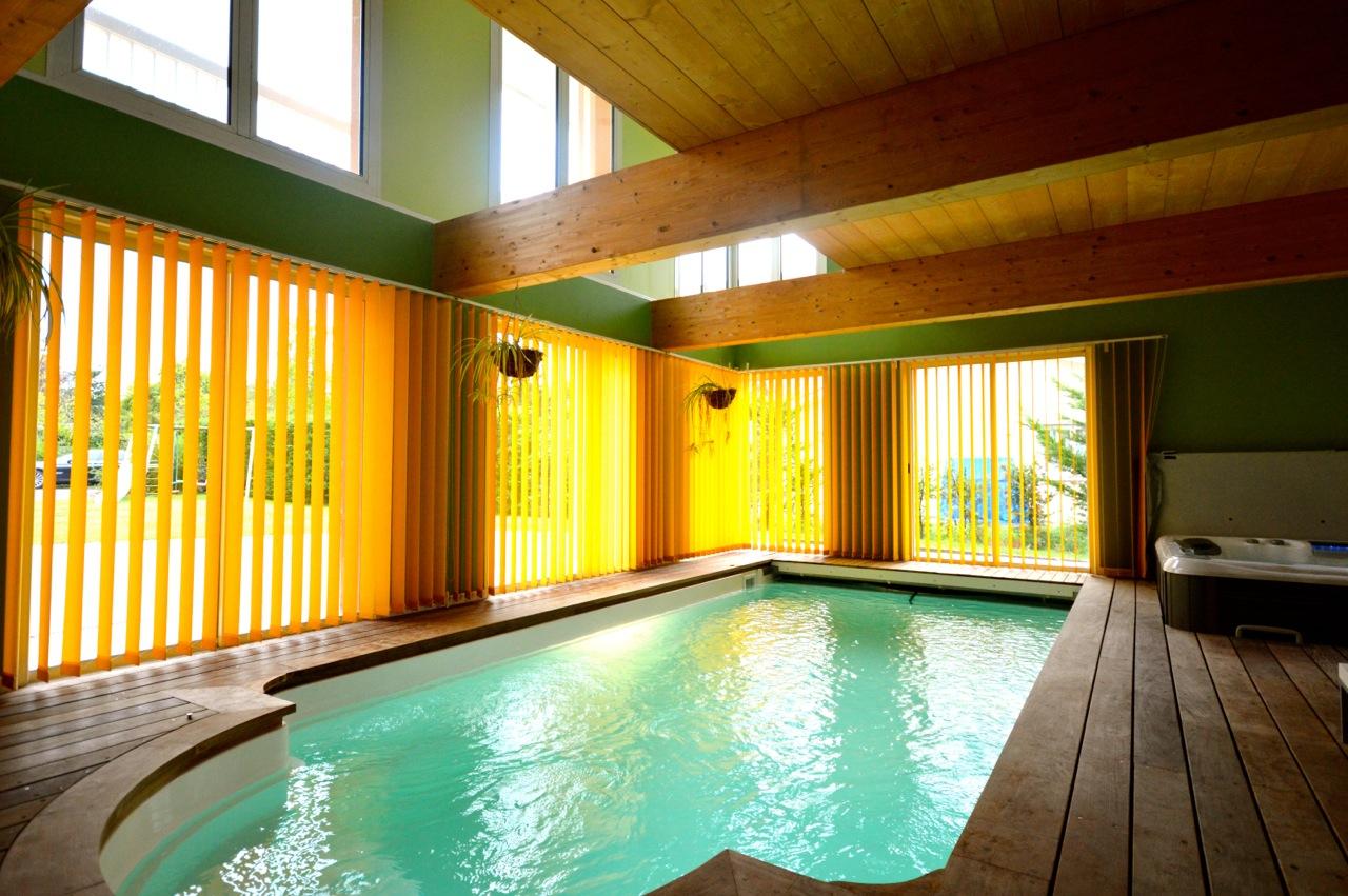 Maison D'architecte Avec Piscine Intérieure - Gradignan tout Location Maison Avec Piscine Intérieure