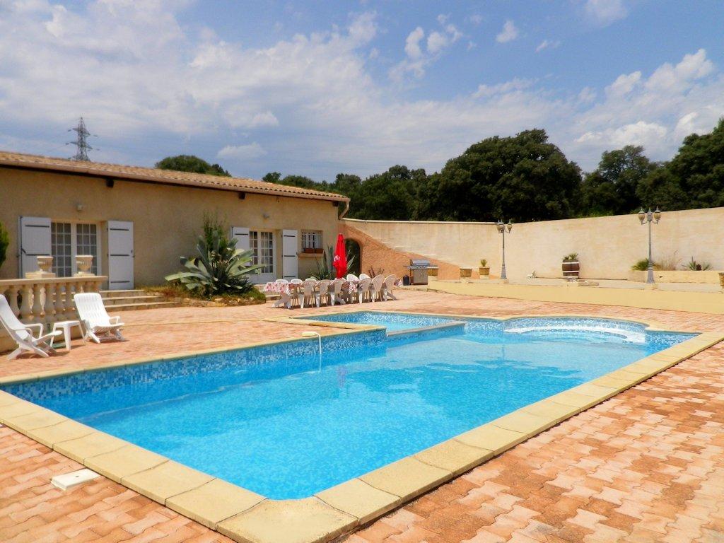 Maison De Vacances (4 Chambres) Piscine - House In Saint ... dedans Piscine Clermont L Herault