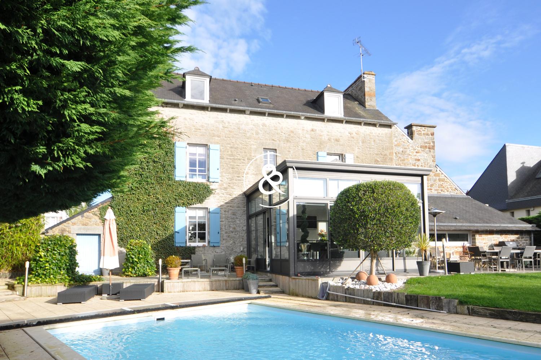 Maison En Pierre Saint-Brieuc | Cote Et Bretagne Immobilier concernant Maison Avec Piscine A Vendre