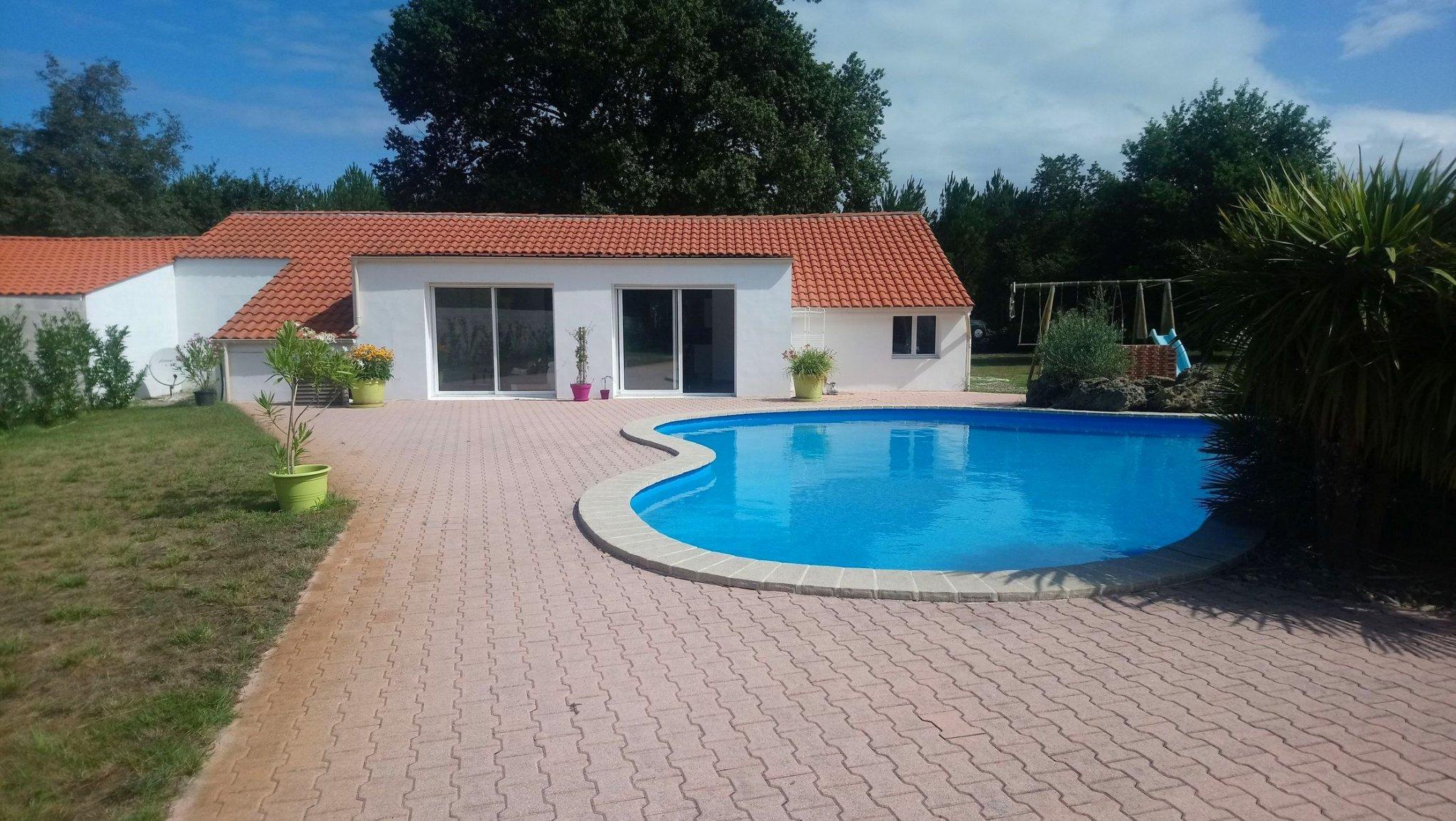 Maison Neuve De 110 M² Sur 1,6 Ha Avec Piscine Et Plan D'eau dedans Piscine Saint Paul Les Dax