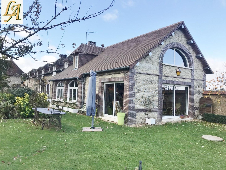 Maison / Villa À Vendre À Pacy-Sur-Eure   940 000 €   14 ... destiné Piscine Pacy Sur Eure