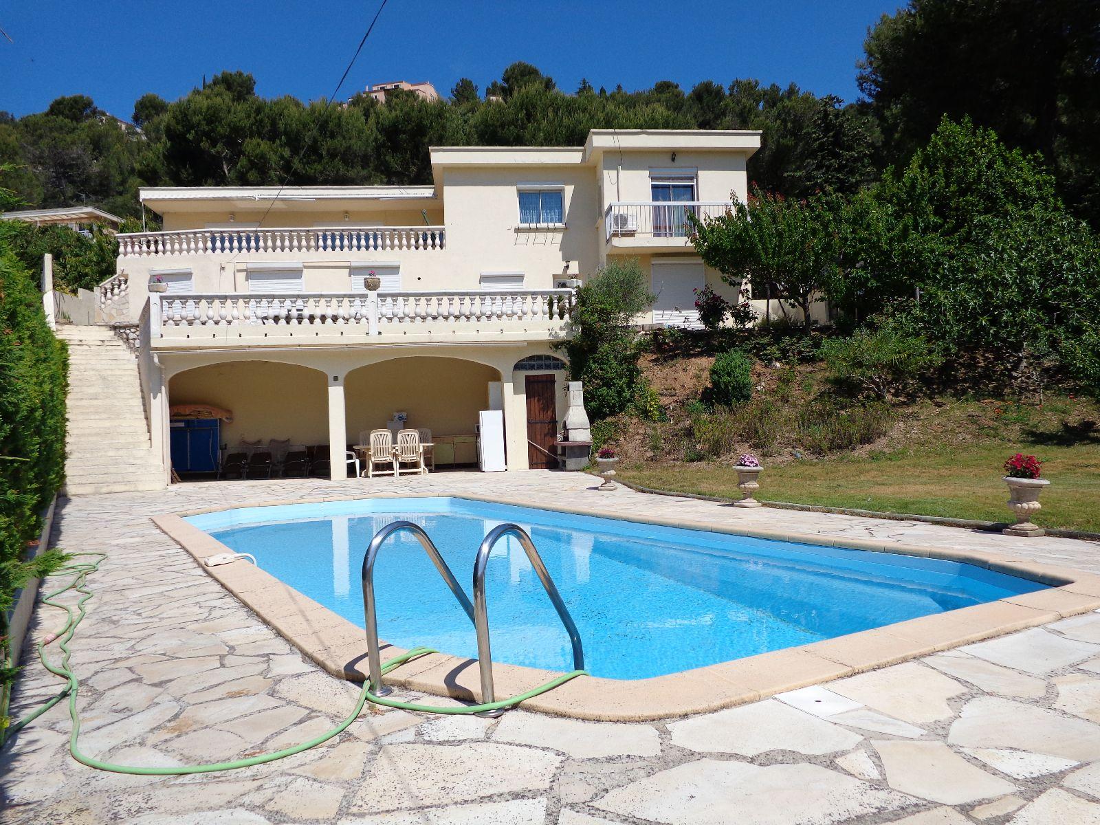 Maisons Villas A Vendre Maison Sur Deux Niveaux T6/7 F6/7 ... dedans Maison A Vendre Avec Piscine