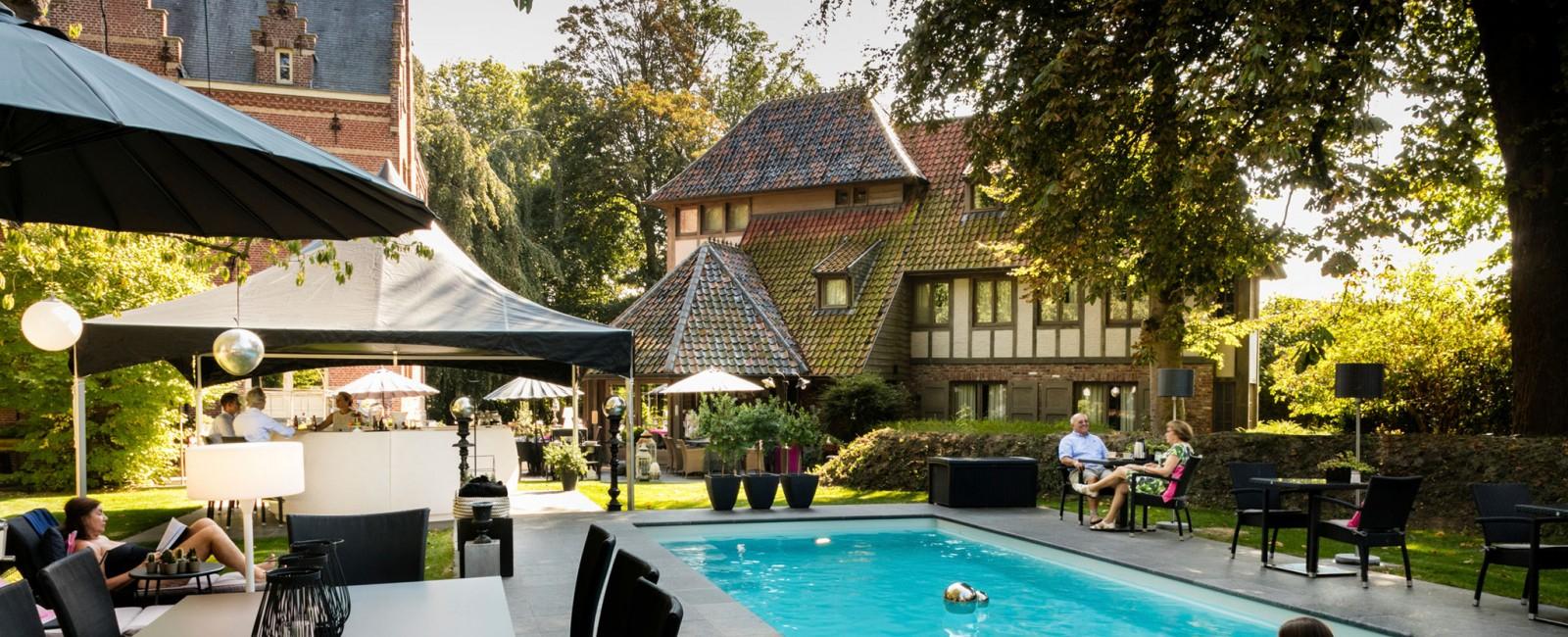 Manoir Ogygia: Charmehotel In Poperinge Belgium avec Poperinge Piscine