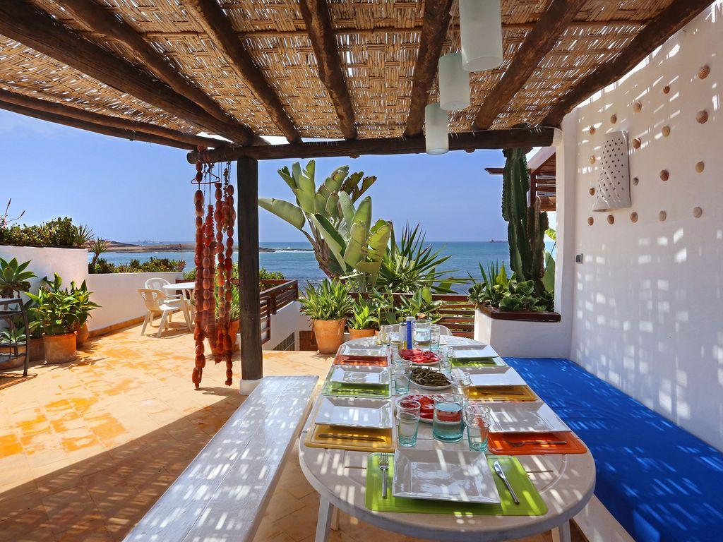 Maroc Location Villa Pieds Dans L'eau Mohammedia Avec Piscine Privée Et  Personnel encequiconcerne Hotel Avec Piscine Privée Dans La Chambre France