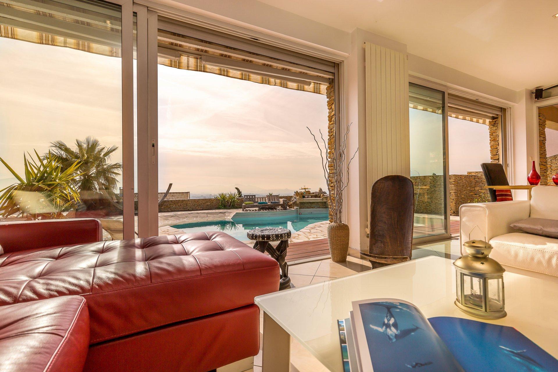 Marseille Location Villa Provence Bord De Mer Avec Piscine Privee Et Vue Mer pour Piscine Privée Marseille