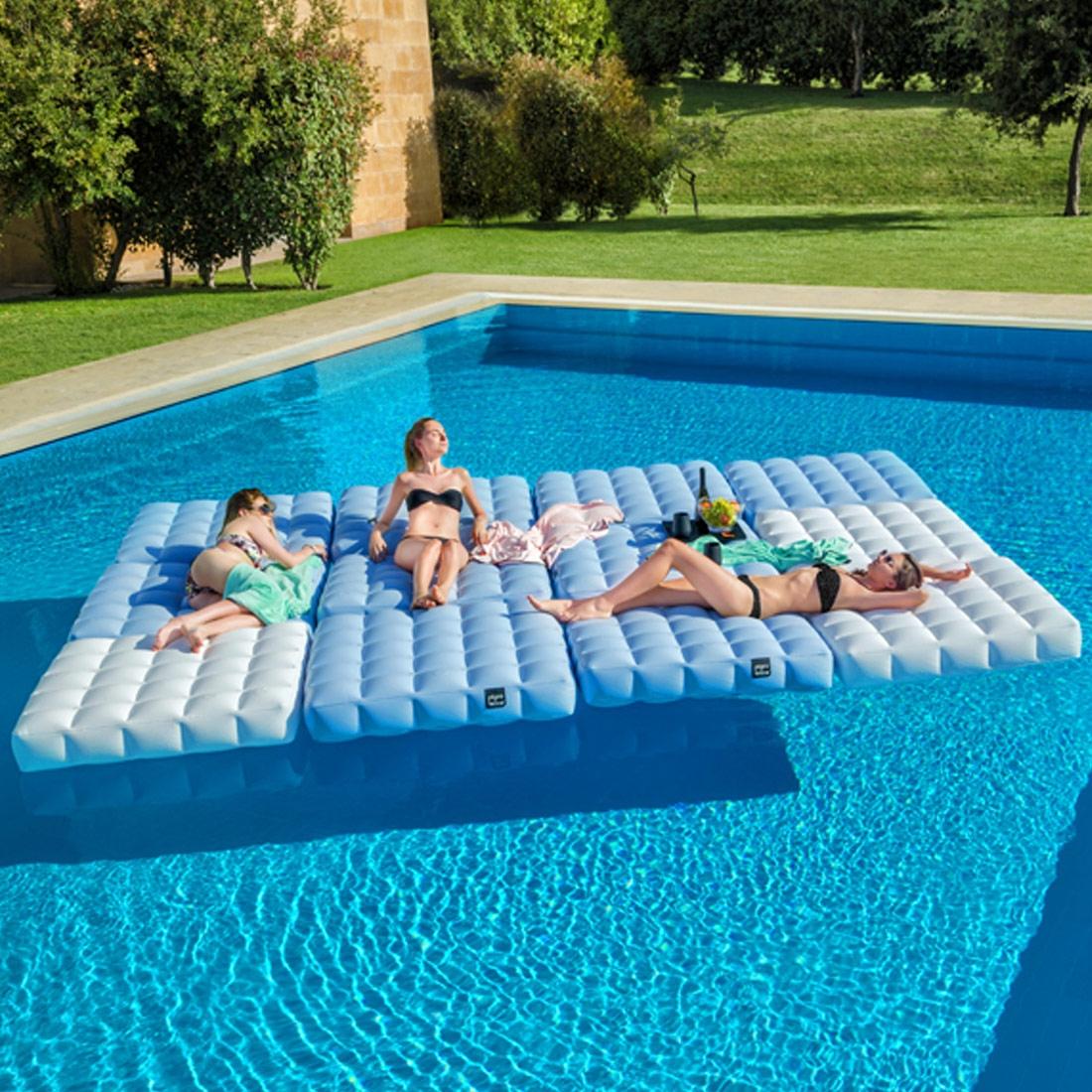 Matelas Gonflable Pour Piscine Felice Design Pigro Zendart ... avec Matelas Pour Piscine