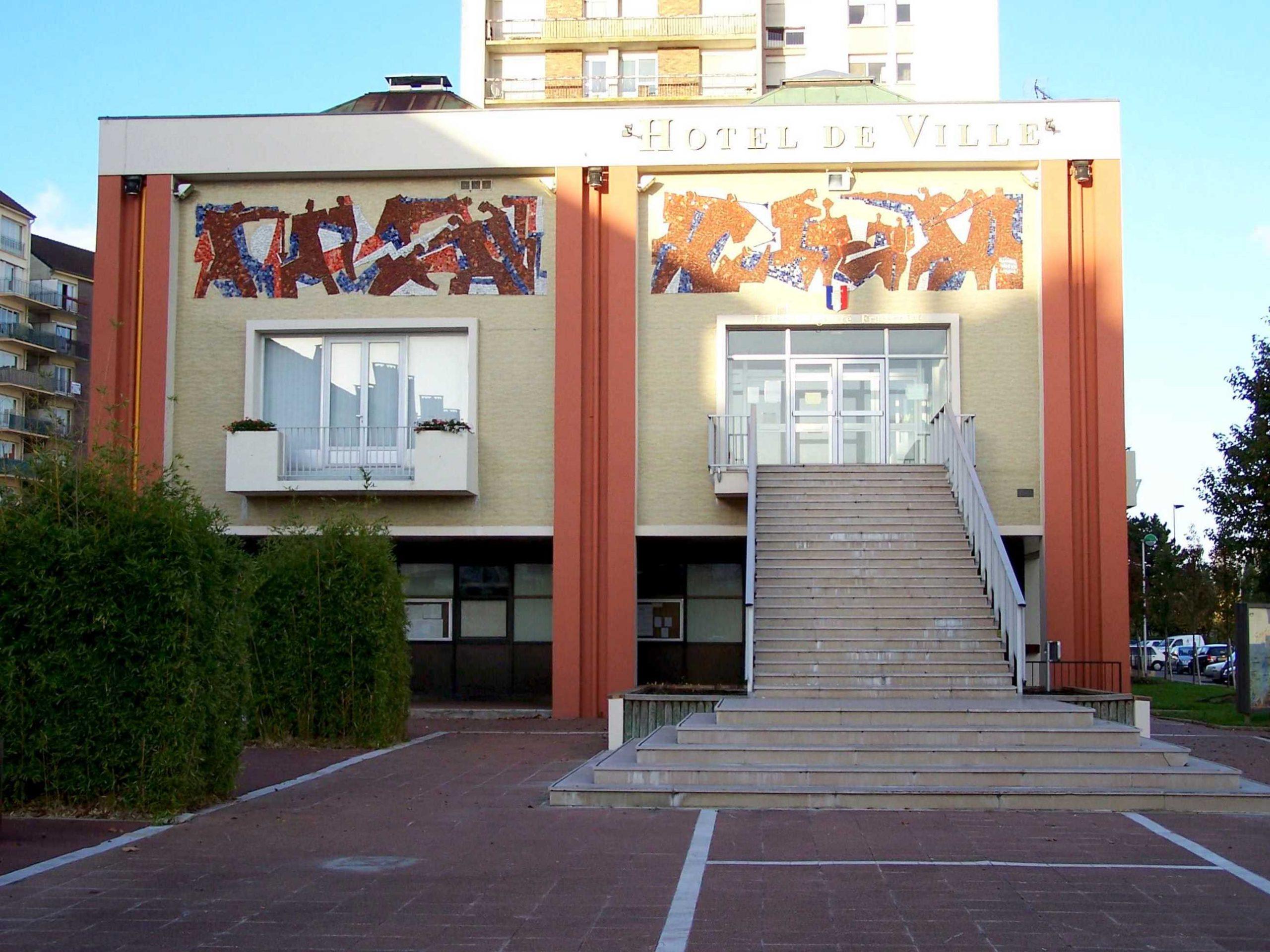 Maurepas (Yvelines) — Wikipédia intérieur Piscine Maurepas