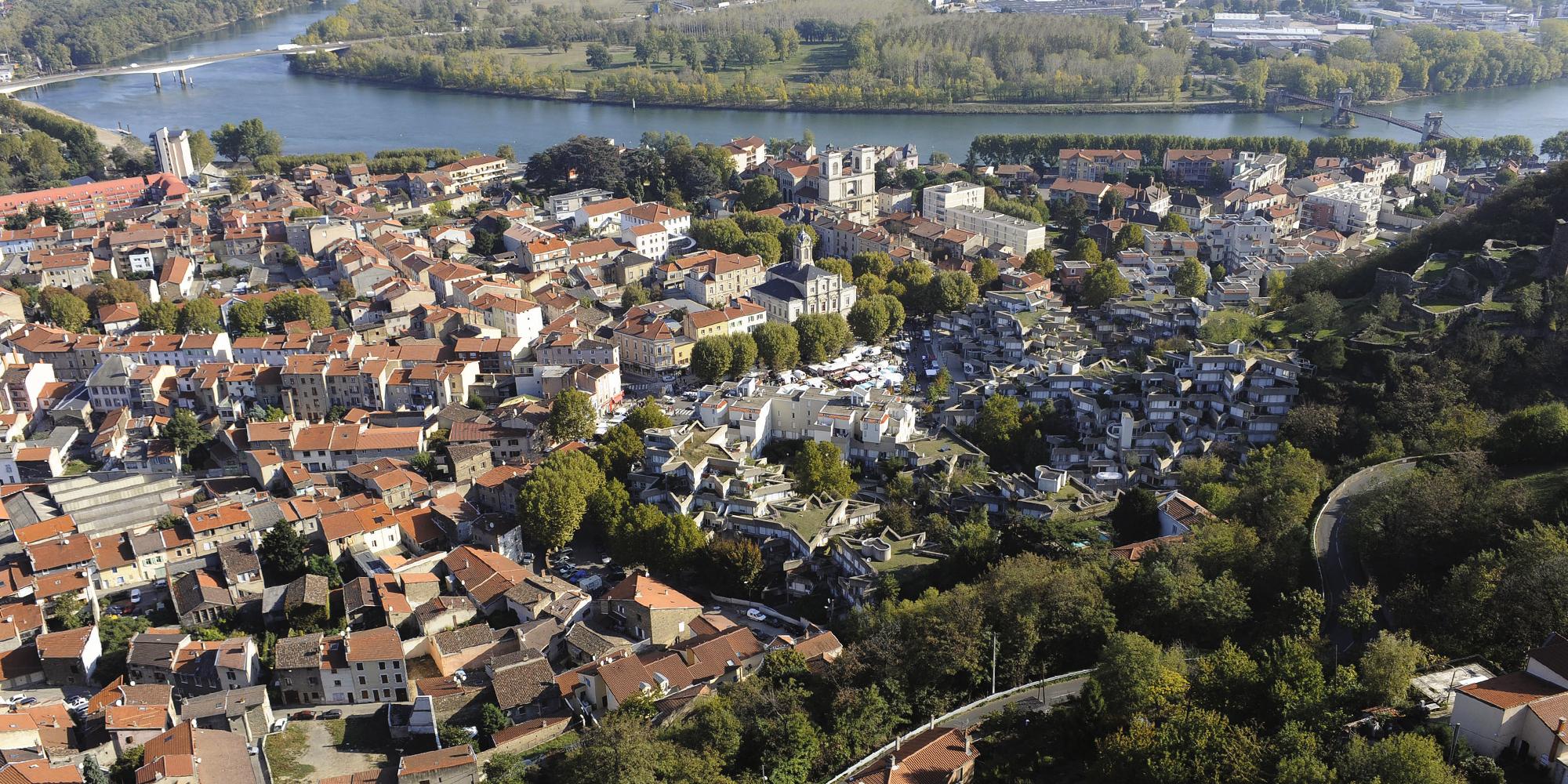 Mentions Légales | Ville De Givors serapportantà Piscine De Givors