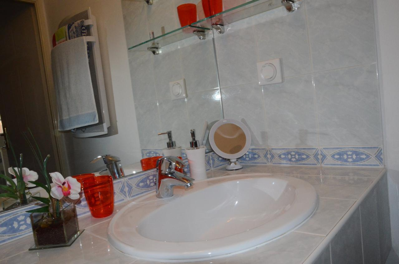 Modern Comfortable Holiday Apartment With Garage In The ... concernant Piscine Campelières