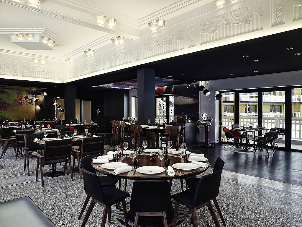 Molitor Paris - Mgallery By Sofitel - Stylish City Hotels concernant Piscine Molitor Restaurant