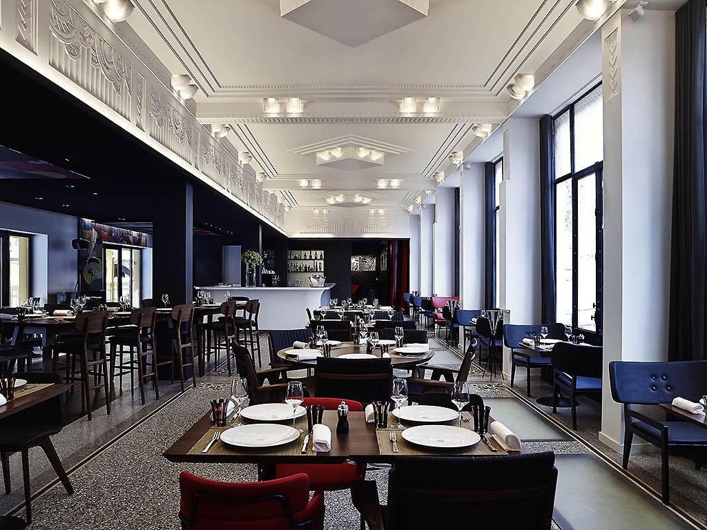 Molitor Paris - Mgallery By Sofitel - Stylish City Hotels dedans Piscine Molitor Restaurant