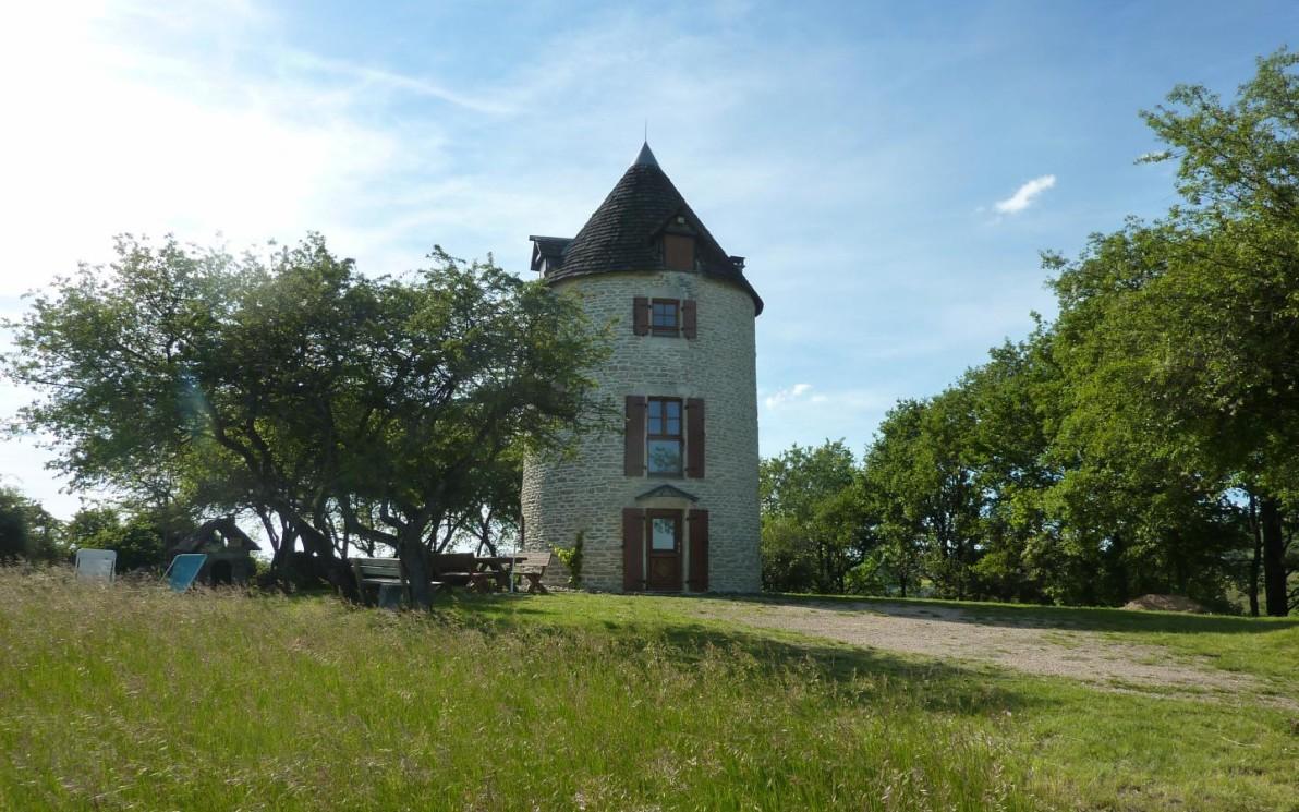 Moulin À Vent N°1761 À Saint-Desert - Gîtes De France Saône ... destiné Piscine Du Moulin A Vent