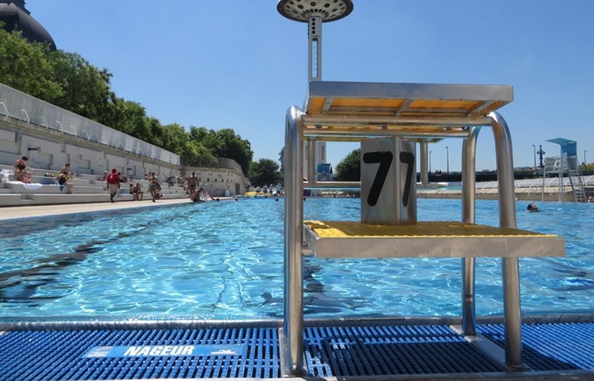 Municipal Swimming Pool Of Rhône - Lyon France concernant Piscine Tony Bertrand