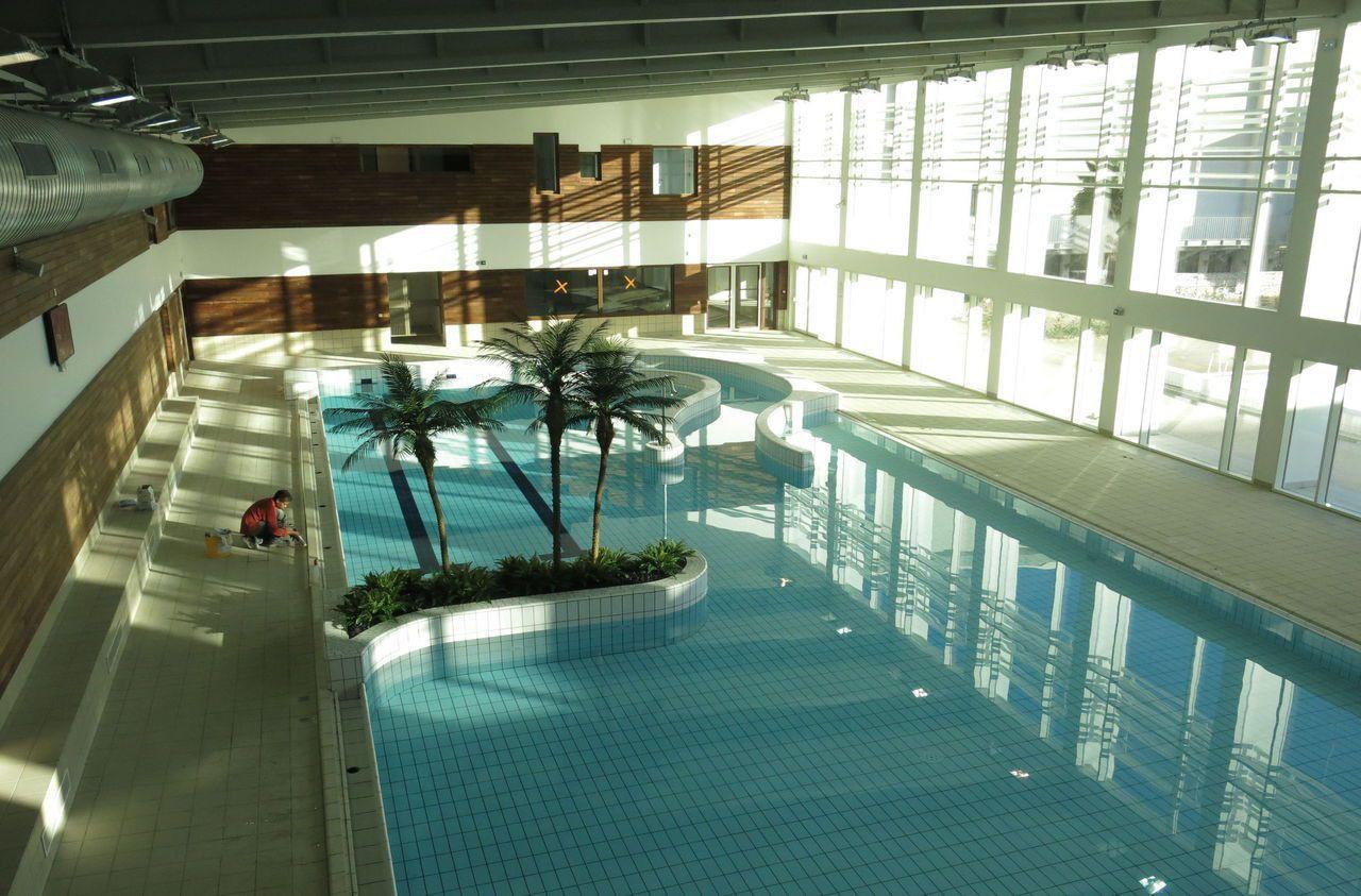 Municipales À Maisons-Laffitte : Le Centre Aquatique, Un ... pour Piscine Conflans