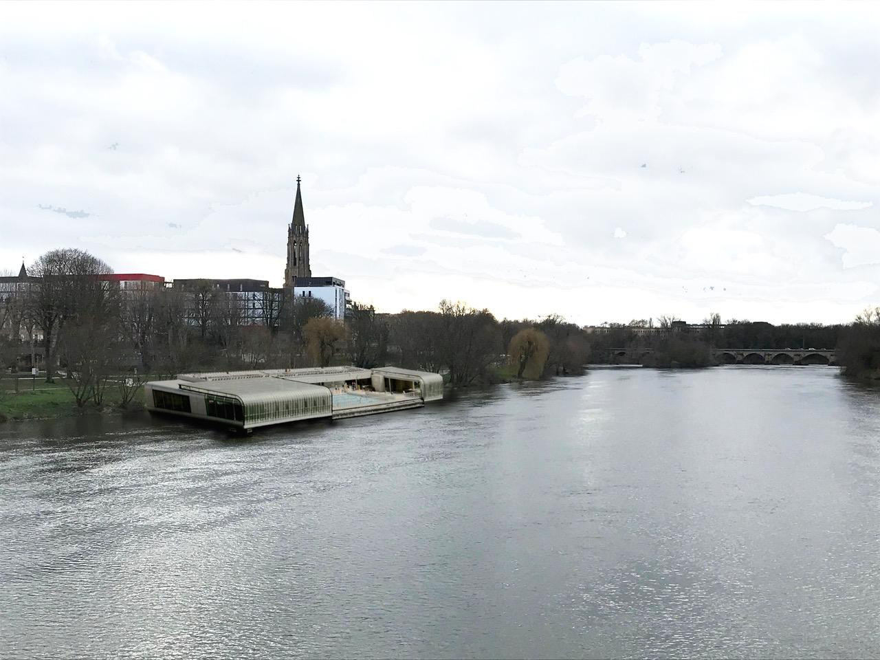 Municipales À Metz : Un Centre Aquatique Sur Les Berges De ... encequiconcerne Piscine Square Du Luxembourg